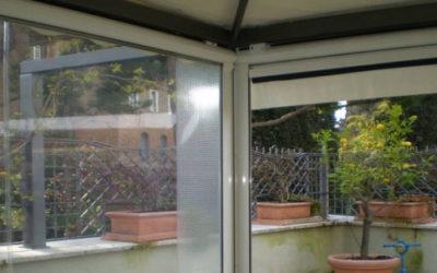 Tende ermetiche, per pioggia e vento, chiudono il tuo balcone e non hanno bisogno di permessi.